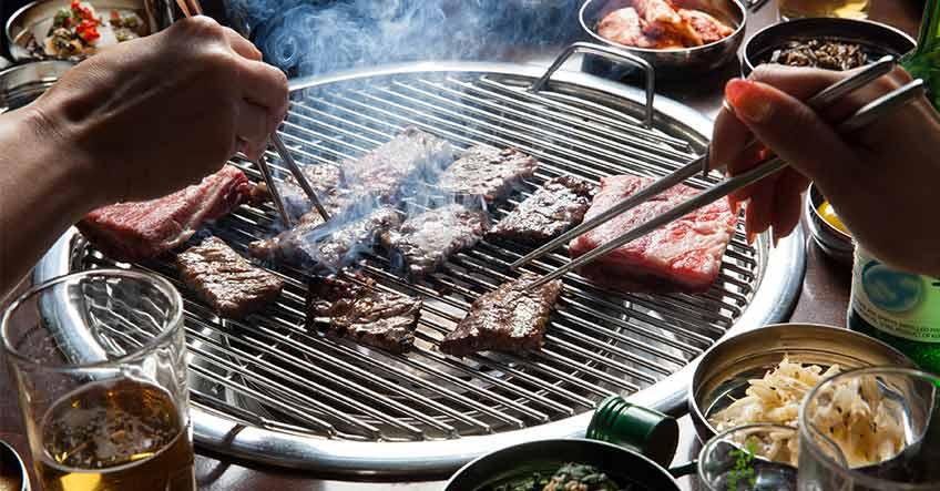 Barbecue in cemento - Prefabbricato o su misura?