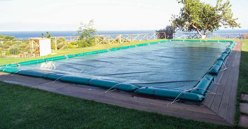 Coperture per piscine soluzioni estate e inverno - Coperture mobili per piscine ...